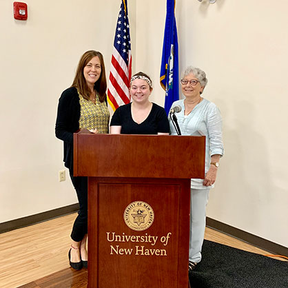 Image of Lynne Resnick, Micaela O'Shea '21, Carol Withers